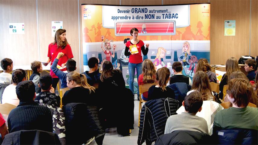 Présentation du Mois sans tabac, auprès d'une classe de 6e du collège Malraux de Dijon. Photo : MFBFC, 2017