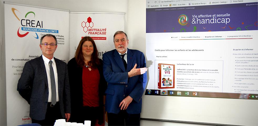 Photo de Bruno Herry, Président de la Mutualité Française BFC, Sandrine Bonnet, représentante de la Fondation Harmonie et Jacques Nodin, Président du CREAI BFC. (Photo MFBFC)